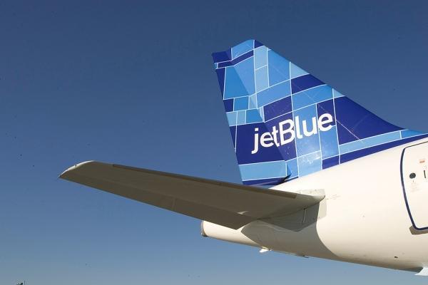 中国商用飞机有限责任公司-深度解读航企涂装背后的