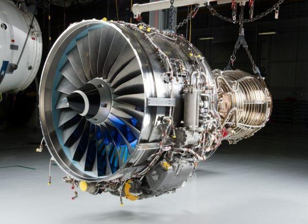 日本航空发动机
